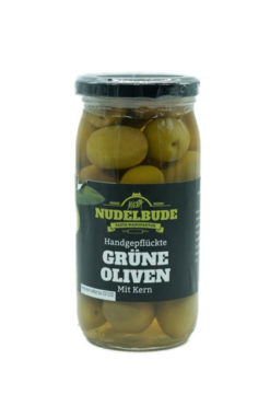 grüne oliven mit kern
